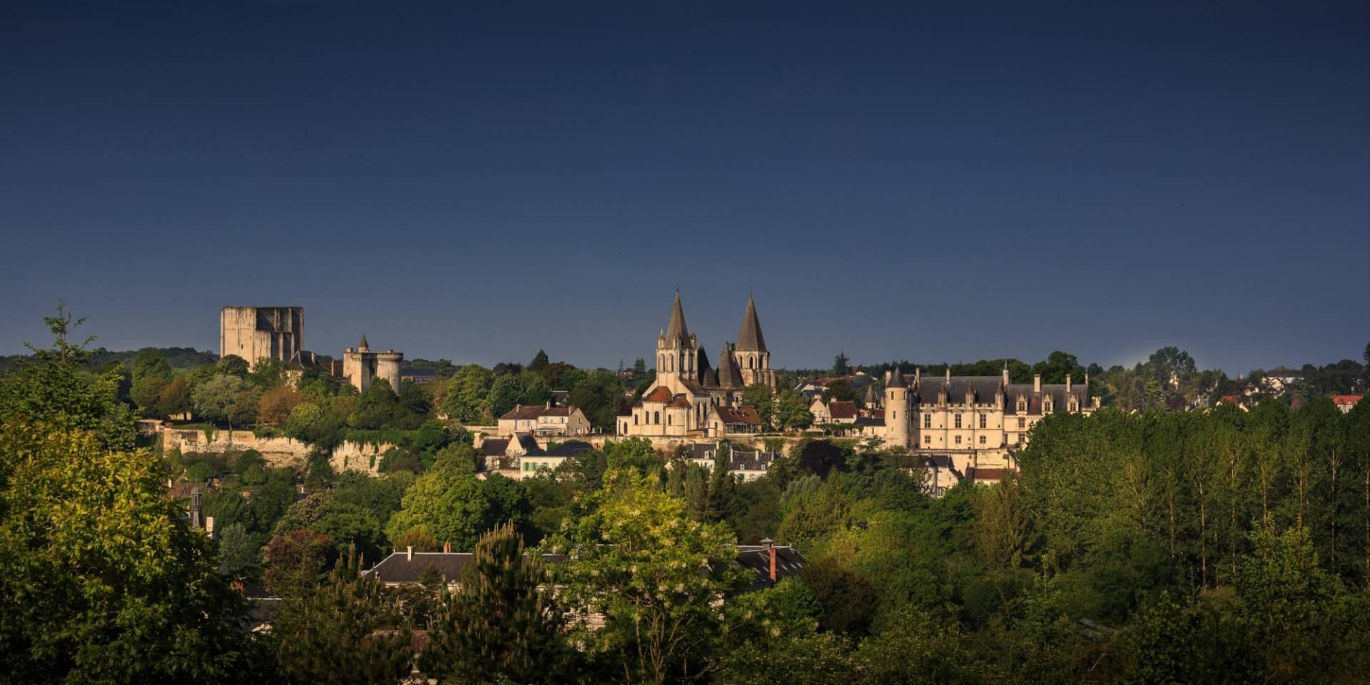 Panorama de la Cité Royale à Loches - © Crédit ADT Touraine - Léonard DE SERRES